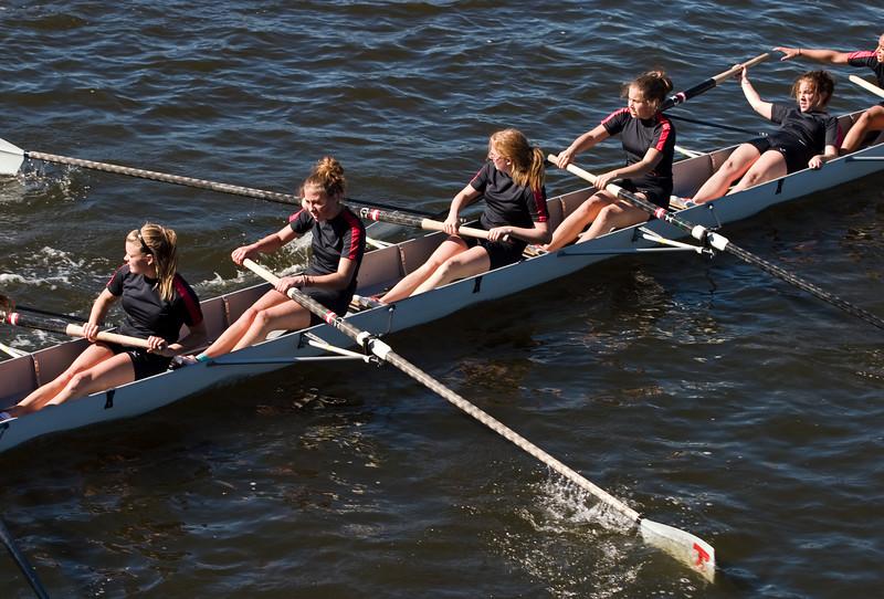 Whoops!  An oar lost.