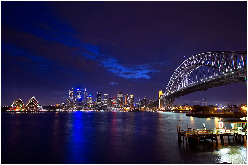 Sydney Harbour, Saturday 20th January 2007. <br />  <br /> <br /> EXIF DATA <br /> Canon 1D Mk II. EF 17-35mm f/2.8L@17mm 6 secs f/6.3 ISO 200.