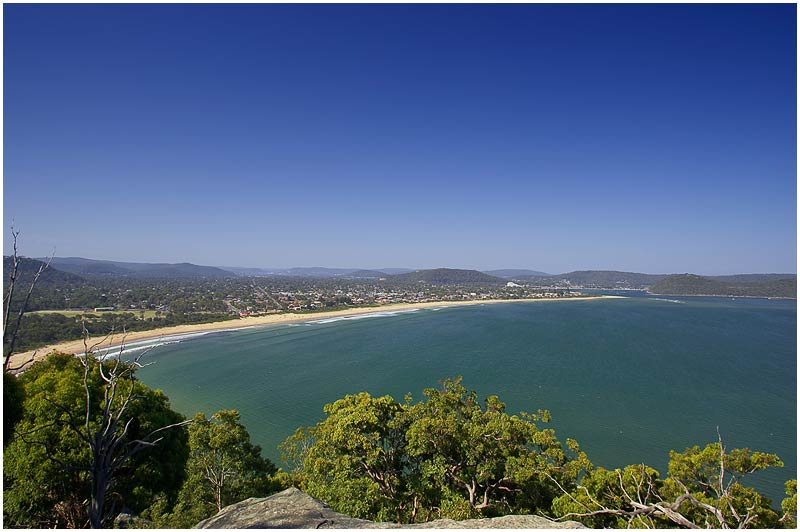 Umina Beach, Central Coast, Wednesday 17th January 2007. <br /> <br /> Another perfect summer's day. <br /> <br /> <br /> EXIF DATA <br /> Canon 1D Mk II. EF 17-35mm f/2.8L@17mm 1/100 f/7 ISO 100.
