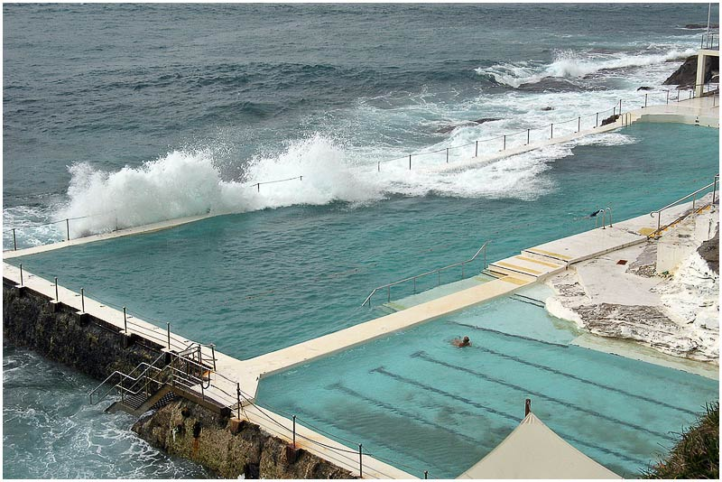 """Bondi, Thursday 12th July 2007.  Bondi Icebergs swimming pool.   View location on <a href=""""http://maps.google.com/maps/ms?ie=UTF8&hl=en&msa=0&ll=-33.859012,151.203032&spn=0.049108,0.080338&t=h&z=14&om=1&msid=107047001763101043024.0000011385090e2979cca"""" target=""""_blank""""><strong><em>Google Maps</em></strong></a>.  EXIF DATA  Canon A710 IS. 1/250s f/4 ISO 100."""