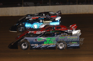 32D Darren Miller, 21 Billy Moyer, 0 Scott Bloomquist and 7 Matt Miller