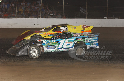 16 Justin Rattliff and 71 Don O'Neal
