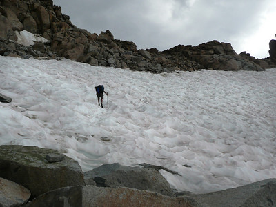 The snow field near the top of Lamarck Col with threatening skies. Thunder was heard earlier but stopped.