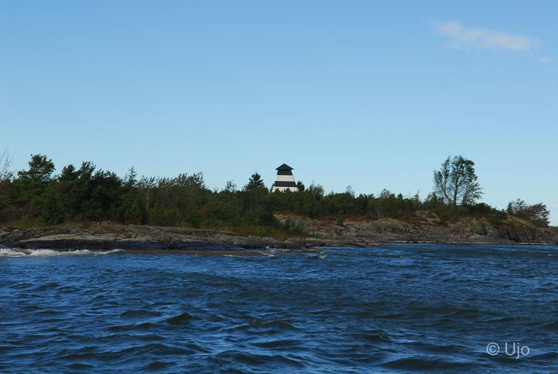 Sjömärke norr om Lurö