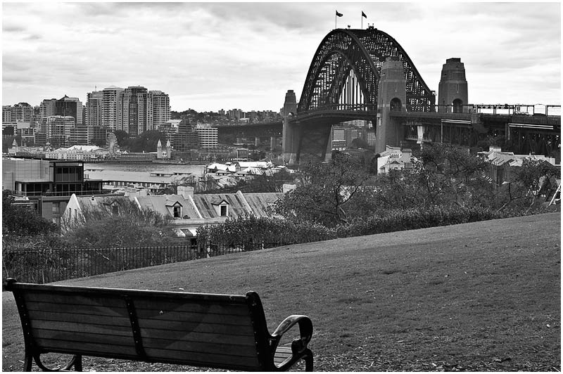 Observatory Park, Monday 26th March 2007.<br /> <br /> Sydney Harbour Bridge.<br /> <br /> <br /> EXIF DATA<br /> Canon 1D Mk II. EF 24-70mm f/2.8L@46mm 1/100 f/11 ISO 400.