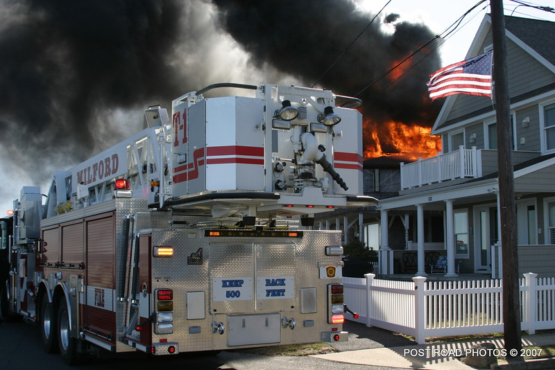 20070329-milford-connecticut-house-fire-104-beach-ave-post-road-photos-001