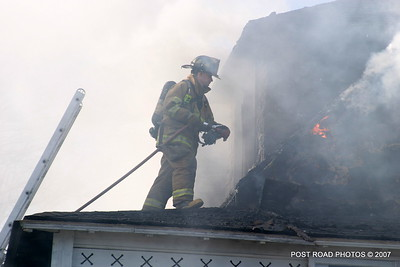 20070329-milford-connecticut-house-fire-104-beach-ave-post-road-photos-040