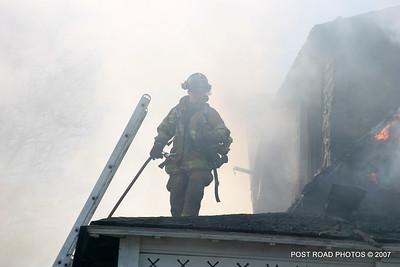 20070329-milford-connecticut-house-fire-104-beach-ave-post-road-photos-039