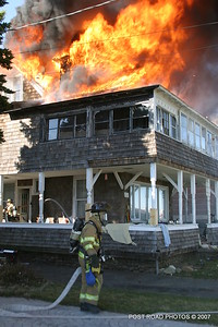 20070329-milford-connecticut-house-fire-104-beach-ave-post-road-photos-010