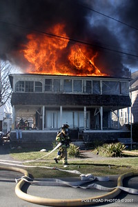 20070329-milford-connecticut-house-fire-104-beach-ave-post-road-photos-013
