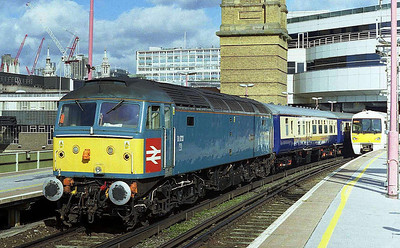 Although the engines and stock had gone, the 'Blue Pullman' programme continued to run using Riviera Trains' locomotives and the 'Great Briton' stock. One such train waits to deaprt from Cannon Street behind 47853 (01/03/2007)
