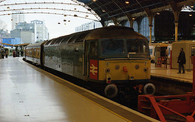 The train had been marketed as the 'London Bridges' tour due to the number of different crossings of the Tiver Thames that it made during the course of the day. 47853 is pictured on arrival back at Victoria after working 1Z83 1341 from Wimbledon via Teddi