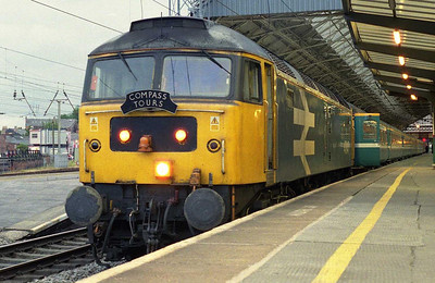47847 continued south alone with 1Z67, and is seen here on arrival at Preston (16/06/2007)