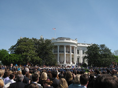 A crowd of over 7,000 gathers on the South Lawn of the White House for the State Arrival Ceremony for Queen Elizabeth II