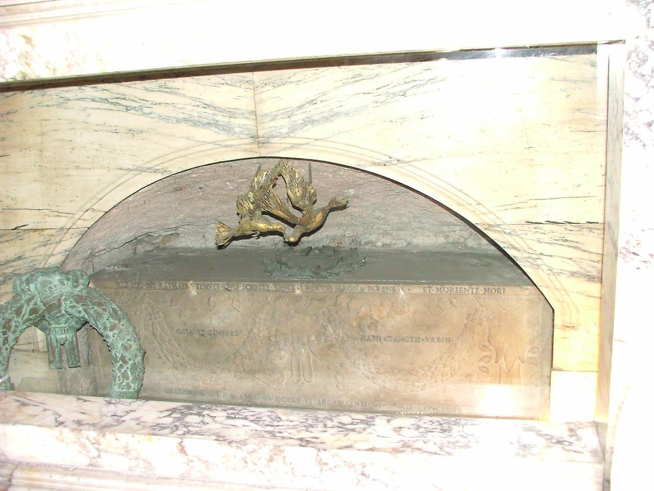 Pantheon - Raphael's grave