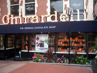 Ghirardelli Chocolate Shop, in Ghiradelli Square
