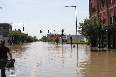 Main St. Findlay looking South @ Center St. (US 224 & SR 12)