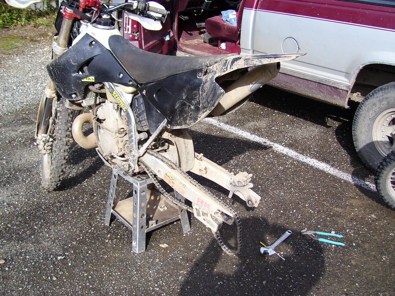 Kris's KX 250 minus rear wheel.