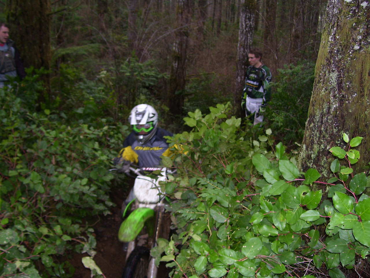 Kelly again on his girl friends new KX 250F
