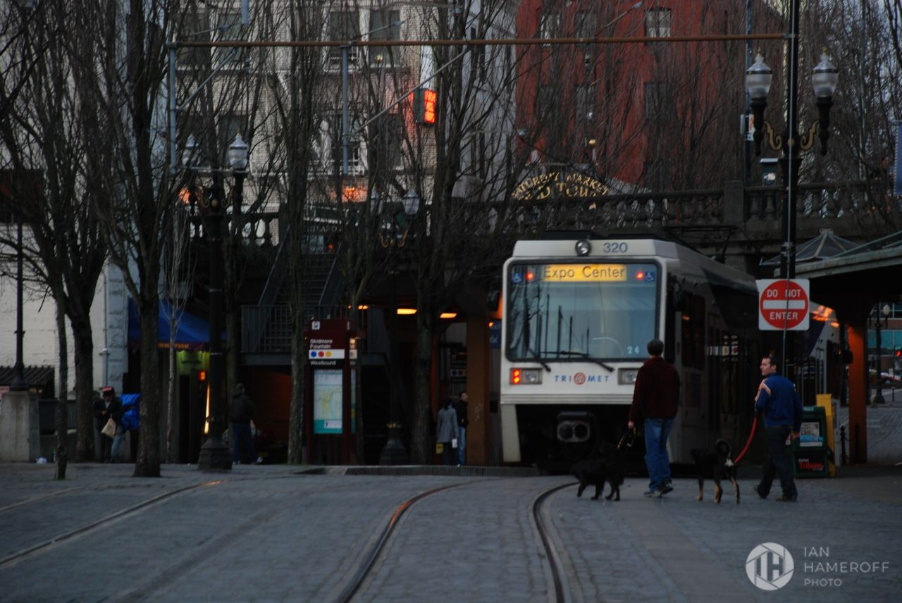 TriMet Light Rails through Old Town