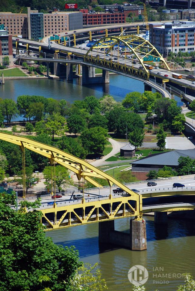 Fort Pitt and Fort Duquesne Bridges