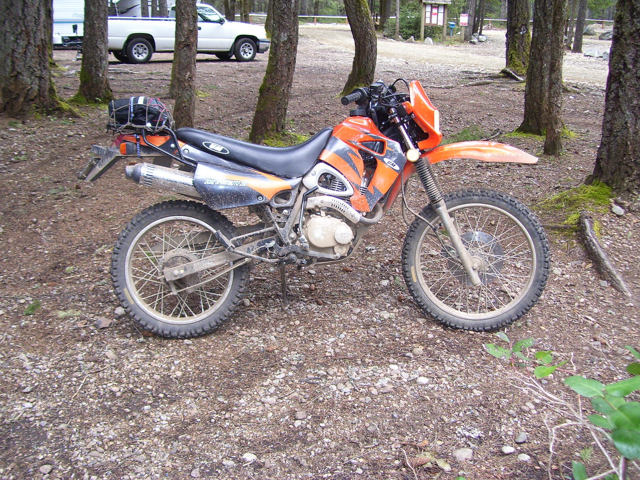 Marty's UM 200 which everyone thinks is a KTM (Orange).