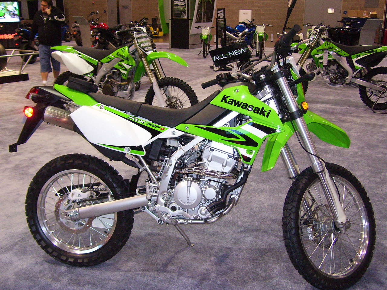 The KLX 250S looked good. But sadly to tall for Sylvia and any other inseam challenged person.