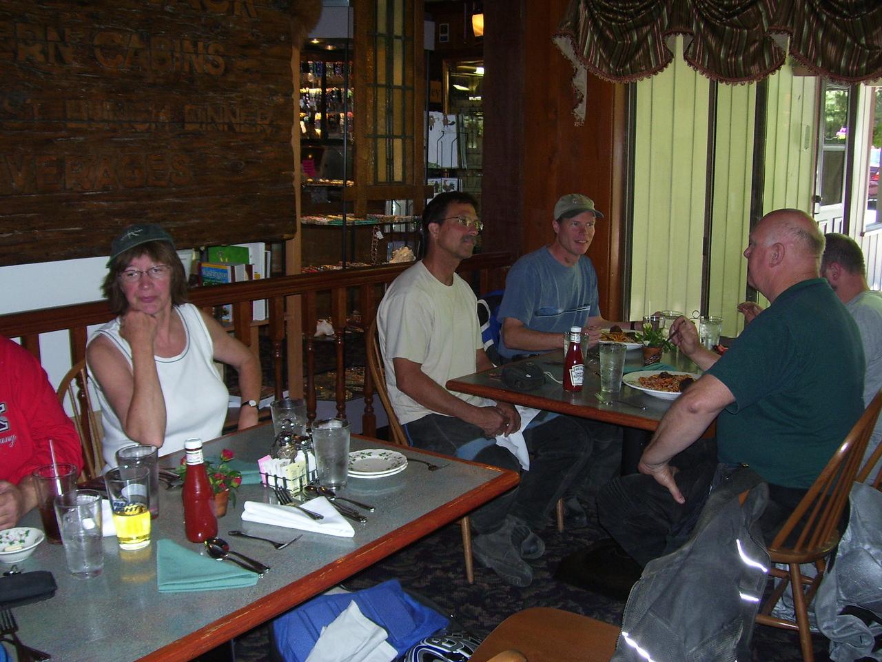 Whistling Jacks lunch stop. Sylvia, Dano, Jay, Dan, & Roger