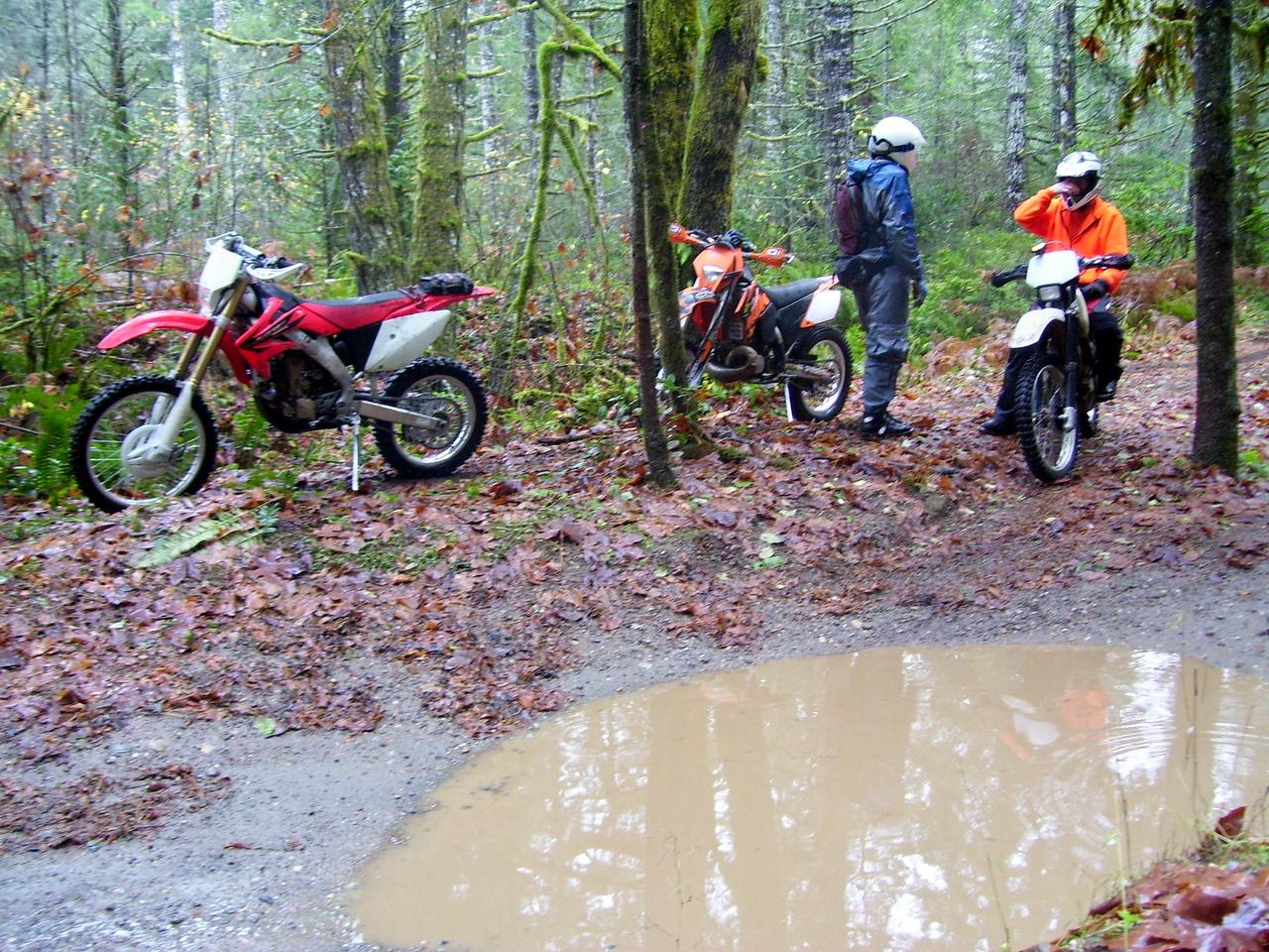 Howel Lake Trail