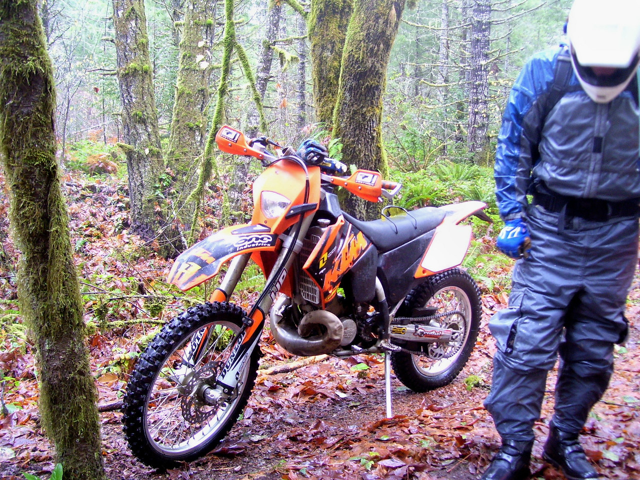 That sure is a pretty KTM. Bill standing by in wet suit.