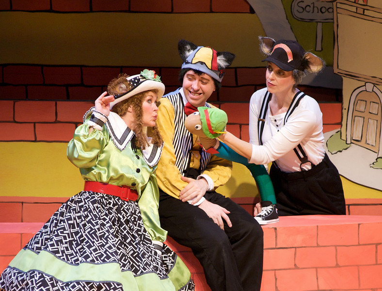Huckle Cat (Tim Shawver) introduces Betsy Bear (Jodie L. Weiss) to Lowly Worm (Katie McFadzen). Photo Credit: Heather Hill