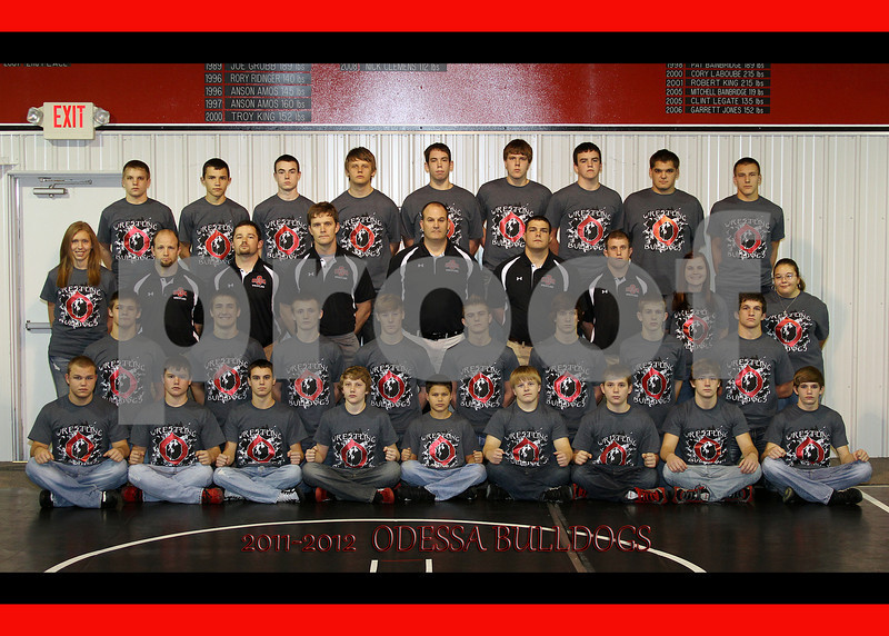 IMG_0293 OHS Wrestling Team 5x7
