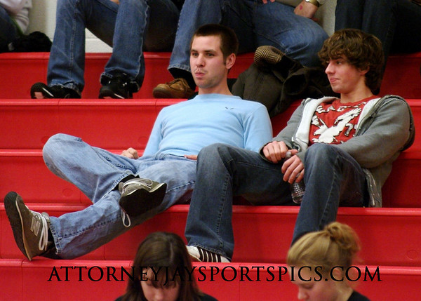Former Eagles basketball standouts Matt Warner '07 and Jordan Selfe '09.
