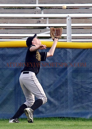 Biglerville Canner Brady Griest makes a great catch in centerfield. This and next four photos from Baseball 2010 04 22 Littlestown 11 Biglerville 5.