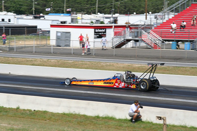 Top Alcohol Dragster Burnouts & Action