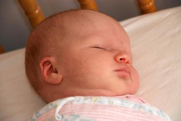 Mackenzie in the Morning - 3 1/2 weeks old