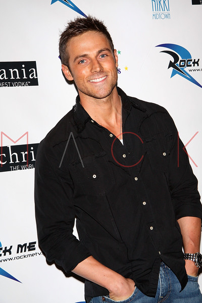 NEW YORK - JUNE 11: Actor Dylan Bruce attends the 19th Annual Pre-Daytime Emmy Awards Party at Nikki Midtown on June 11, 2008. (Photo by Steve Mack/S.D. Mack Pictures) *** Local Caption *** Dylan Bruce