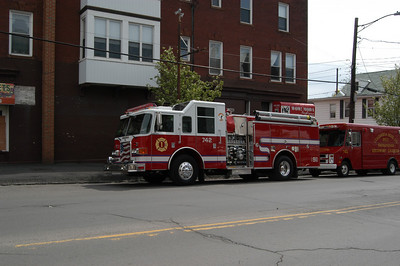 SHENANDOAH POLISH AMERICAN FIRE TRUCK HOUSING 5-10-08 PICTURES by COALREGIONFIRE