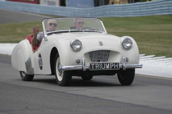 No-0813 Race Group T - Triumph Feature Race