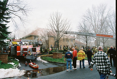 Photo's from Franklin Lakes 3rd Alarm Arnold Dr. 12-28-08