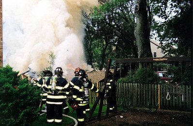Photo's from Teaneck Fatal House Explosion 2nd alarm 4th equivalent Hastings St 7-17-08