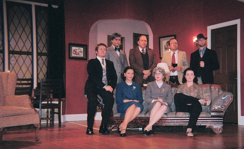 This was the cast.   <br /> Giles on the edge of the couch<br /> Mr. Para-something, Major Metcalf, Sgt Trotter, and Christopher Wren standing behind..<br /> Molly, Mrs. Boyle, and Leslie Casewell seated