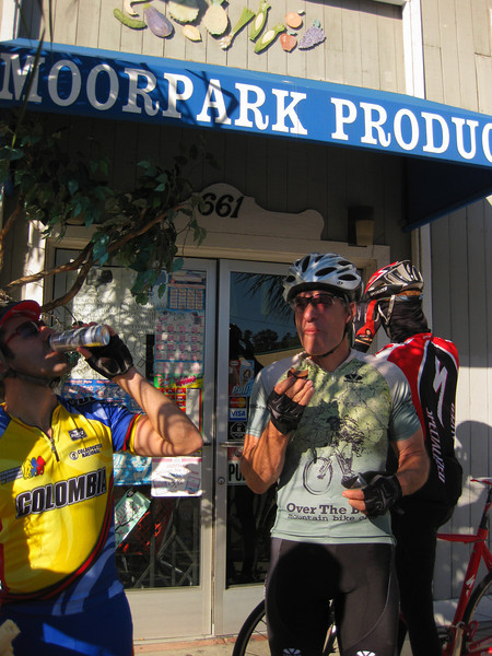 Moorpark stop for food and flat