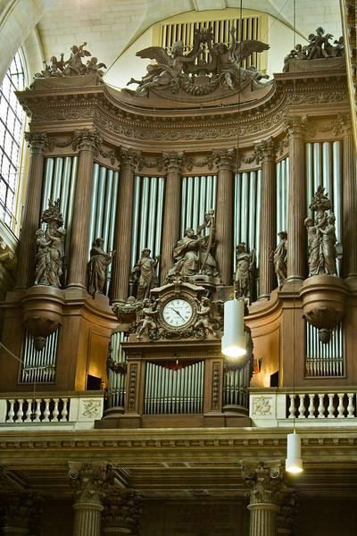 Famous Eglise de Saint Sulpice pipe organ