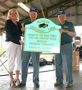 080803 Saline MI Braun Farm Centennial Celebration Gig