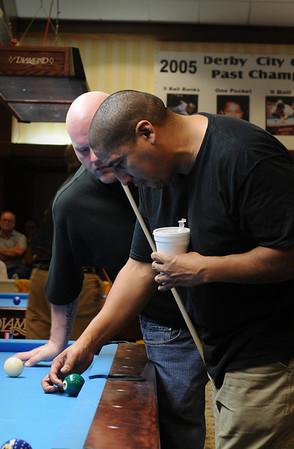 Larry Nevel demonstrating Vernon Elliot's back-cut cross corner bank...