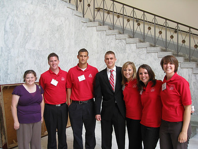 Redshirt Reunion: Heather, Joe, Matt, Kirk, Casey, Lindsay and Shantana posing in the Rayburn Building.