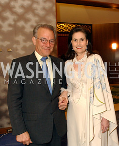 David Ignatius, Alexandra de Boschgrave  (James R. Brantley)