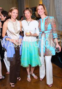 Carrington Tarr, Eve Saville, Michelle Giannini  Photo by Tony Powell