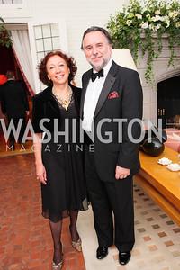 Mari Ange Lica Morales, Mariano Ferna Ndez,  Photo by Tony Powell